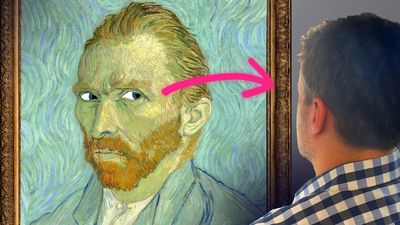 Why The Eyes Of Portraits Seem to Follow You