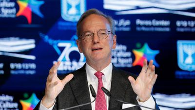 Google's Eric Schmidt Shares Lessons From Guru of Silicon Valley
