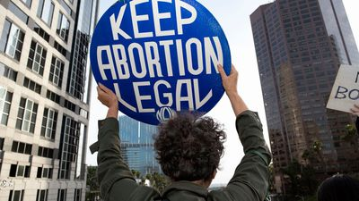 With Public Support, 2020 Dems Fight to Keep Abortion Legal