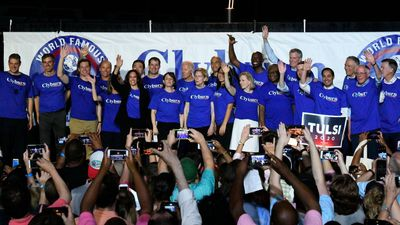 """REPORTER'S NOTEBOOK: 2020 Dems Court South Carolina Voters at Clyburn's """"World Famous Fish Fry"""""""
