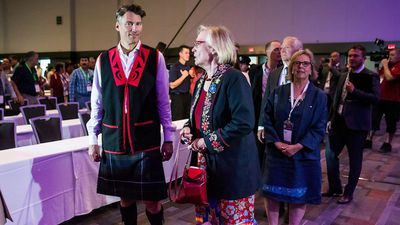 First Nations leadership candidates upset over minister's visit