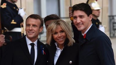 Trudeau greeted by Macron ahead of Paris Armistice Day events