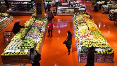 Canada's grocery trends: self-checkouts but also human interaction