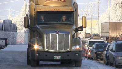 Saskatchewan introduces mandatory semi-truck training