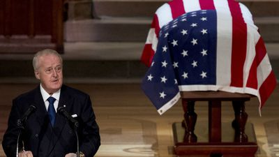 Mulroney fights tears in tribute to Bush