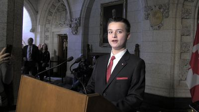 'Vote for me': Ontario teen granted wish to be PM for a day