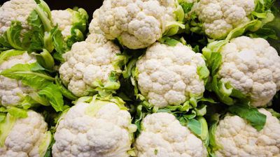 Cauliflower, more lettuce recalled in Canada for E. coli