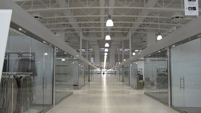 Eerily empty Calgary mall lands first anchor tenant almost one year after opening