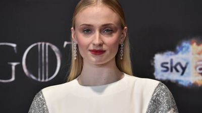 """Sophie Turner finds petition to remake """"Game of Thrones"""" disrespectful"""