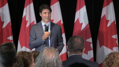 Trudeau mingles with Liberal politicians, supporters in St. John's