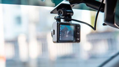Money Monitor: Dashcams praised as protection while driving