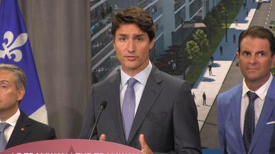 Trudeau sidesteps question about airlifting citizens out of Hong Kong