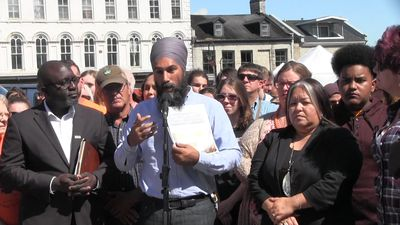 Singh name-checks Trump, Scheer on defensive on Day 4 of campaign