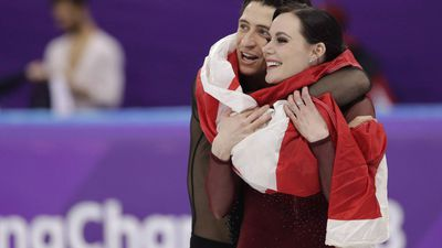 """Canadian stars Virtue, Moir """"stepping away"""" from ice dancing"""