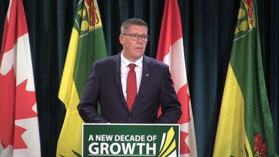 Cash for coal workers, new vaping rules, growth plan highlighted in Saskatchewan throne speech