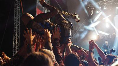 Money Monitor: How to get concert tickets for a better price