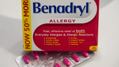 Moving Benadryl behind the counter doesn't resolve safety concerns: pharmacists