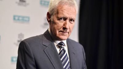Alex Trebek to get Canadian Academy honour