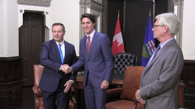 Alberta Premier says next few weeks crucial in provincial-federal relations