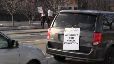 High school teachers picket during one-day strike in Toronto