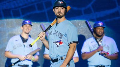 Toronto Blue Jays debut new uniforms