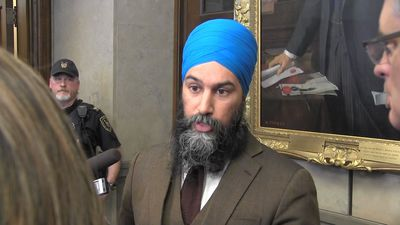 Trudeau, Singh call out Scheer over blockade comments