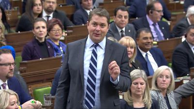 Scheer, Trudeau point fingers over energy development
