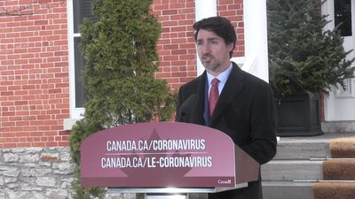 Fines, arrests a possibility for quarantine violators: Trudeau