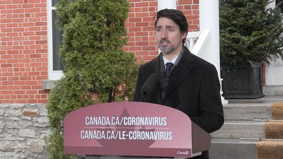 Long COVID-19 fight means long government support programs, Trudeau promises