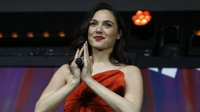 Gal Gadot calms daughters with meditation apps