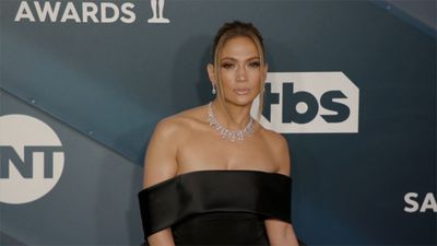 Jennifer Lopez rocked $9 million worth of diamonds at SAG Awards