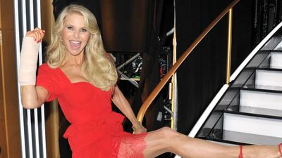 Christie Brinkley to undergo surgery for Dancing with the Stars injury