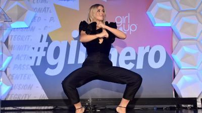Julianne Hough stuns fans as she undergoes bizarre 'energy treatment'