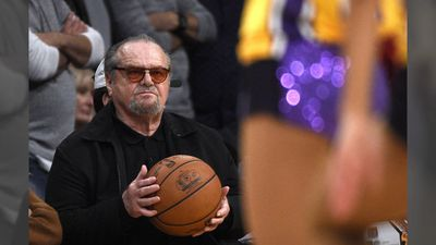Jack Nicholson mourning the loss of friend Kobe Bryant