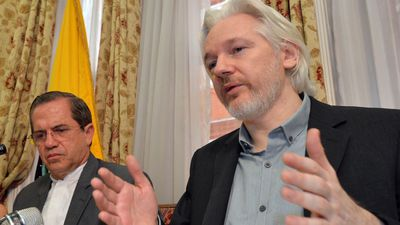 Trump Reportedly Offered Assange a Pardon to Deny Russian Hack of DNC Emails