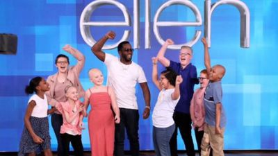 Sean 'Diddy' Combs surprises cancer-stricken kids on TV