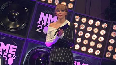 Taylor Swift donates cash to save Nashville record store