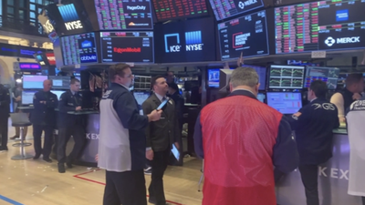 New York Stock Exchange Reopens While Requiring Masks and Waiver
