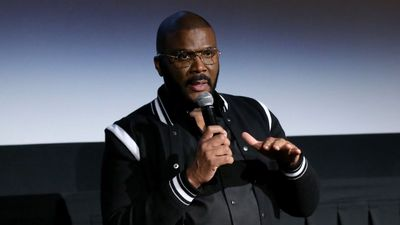 Tyler Perry calls for end of violent protests