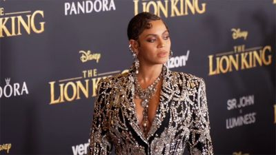 Beyoncé urges fans to remain 'focused' on 'real justice'