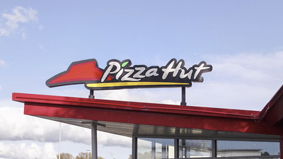 Largest US Pizza Hut Franchisee Files for Bankruptcy