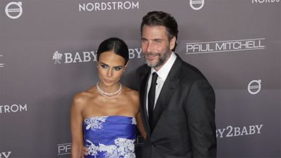 Jordana Brewster files for divorce