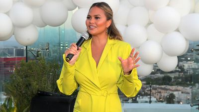 Chrissy Teigen blocks one million on Twitter following Jeffery Epstein conspiracy theory