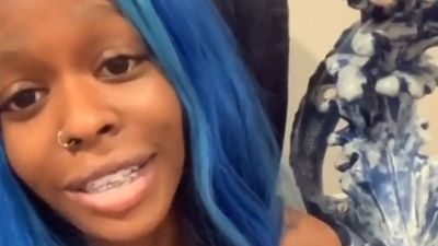 Azealia Banks posts distressing messages to social media