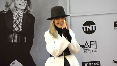 Diane Keaton stunned after her 50-year-old wallet is found