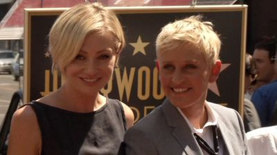 Portia De Rossi urged Ellen DeGeneres to hang up talk show mic