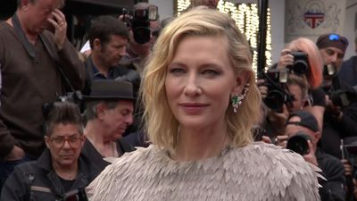 Cate Blanchett prefers to dye hair rather than wear wigs for roles