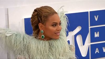Beyonce launches new viral dance challenge