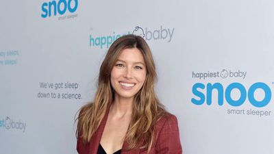 Jessica Biel clarifies vaccination stance after uproar