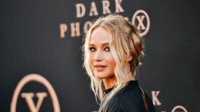 Jennifer Lawrence plans to change her name after marriage